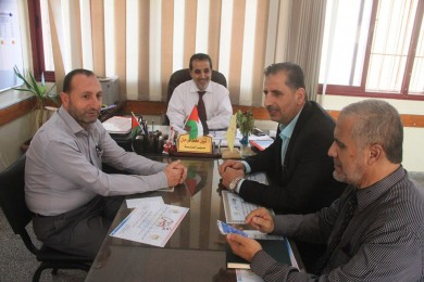 تعليم شرق غزة تتابع مشروع التعليم العلاجي والنشط في مدارسها