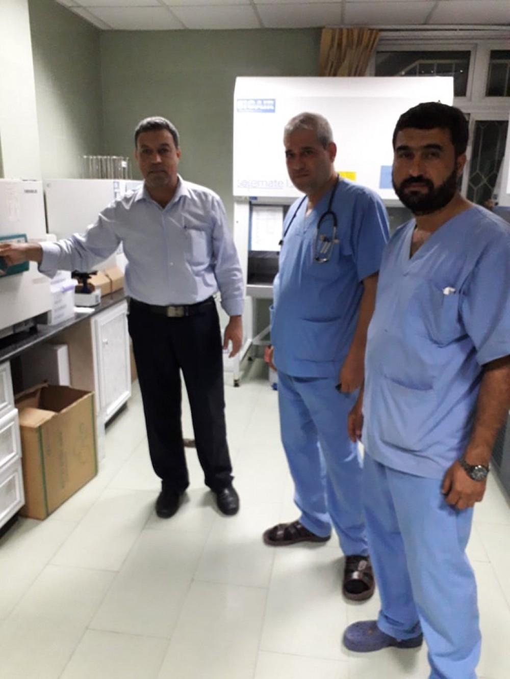 مدير مختبرات الصحة يطلع على أقسام الطوارئ في مستشفى الرنتيسى