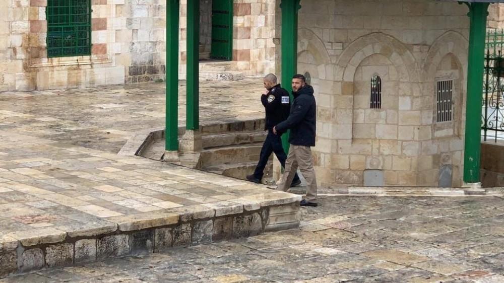اعتقال حارس الأقصى فادي عليان