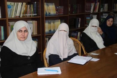 """نقابة الموظفين"""" تدعو موظفي غزة للتسجيل في الجمعيات الإسكانية"""""""
