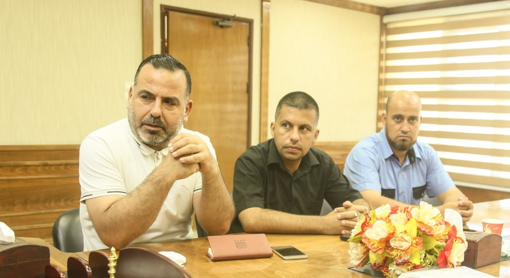 تكريم بلدية خان يونس لجهودها في الحفاظ على الصحة العامة بالمخيم