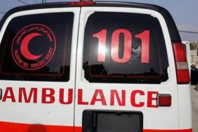 المرور: إصابة خطيرة لمسن بحادث سير في خان يونس