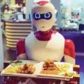أول مطعم ذكي يعمل به  إنسان آلي نادلاً بالعراق