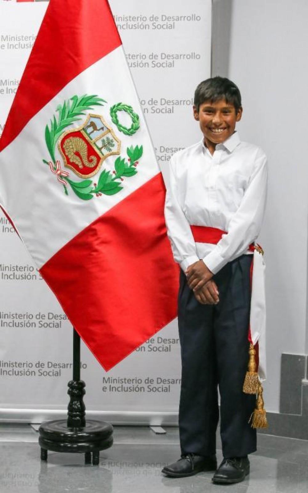 تعرفوا على أصغر وزير في العالم عمره 12 عاماً