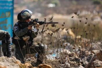 إصابة شاب برصاص الاحتلال جنوب طولكرم