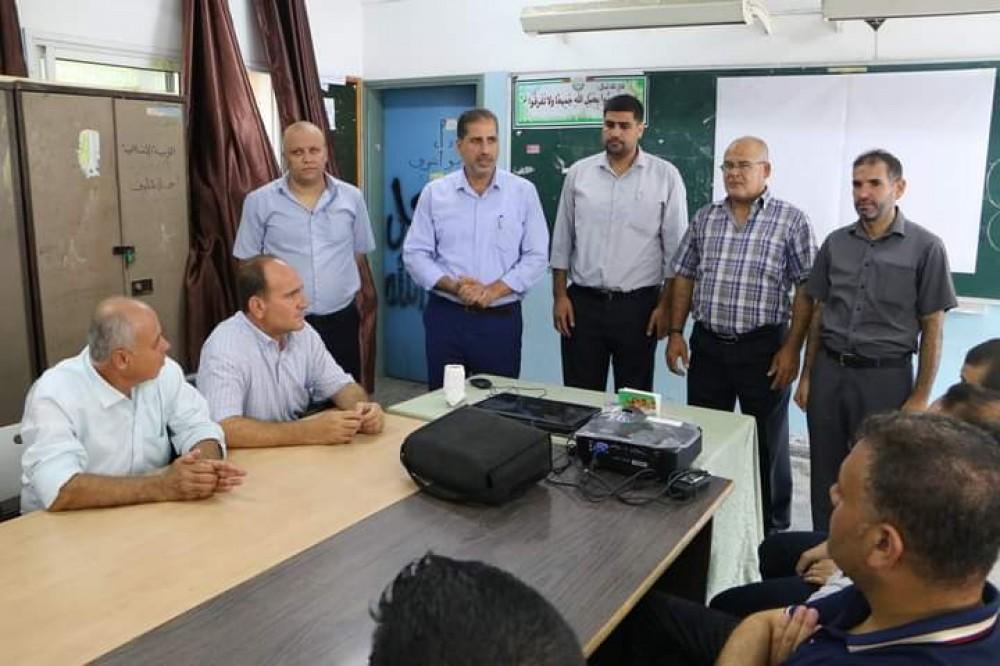تعليم شرق غزة تنظم ورشات عمل