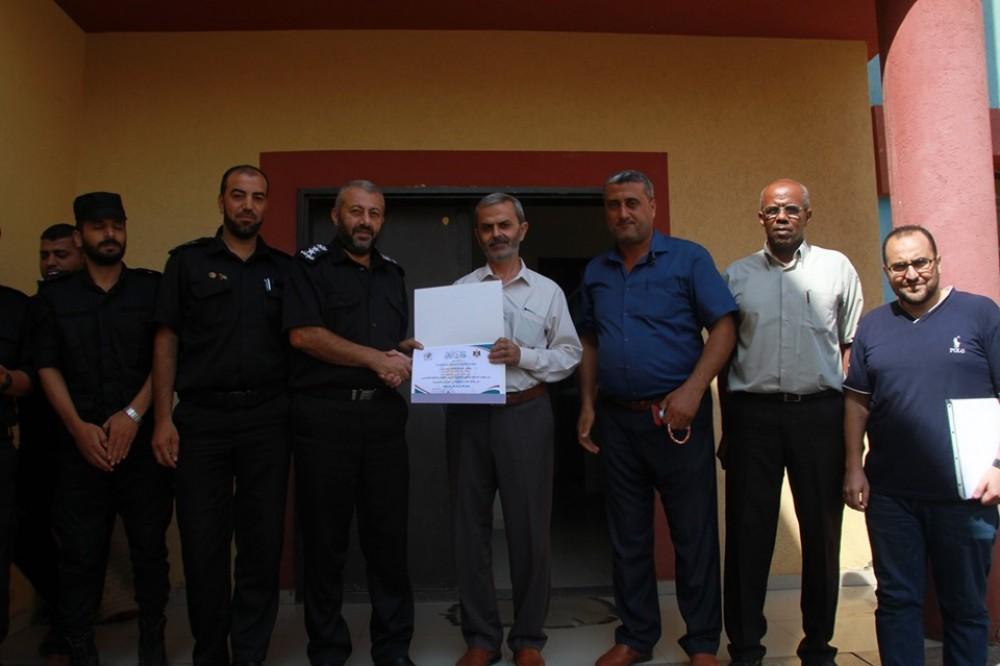 مديرية شرق غزة تكرم قيادة جهاز الدفاع المدني بمحافظة غزة