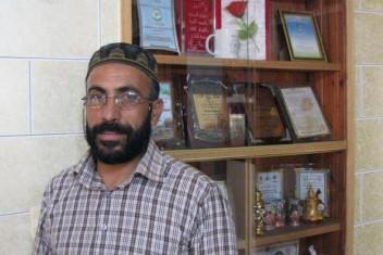 الاحتلال يجدد الاعتقال الإداري للشيخ شماسنة للمرة الخامسة