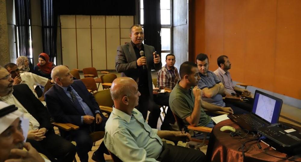 تعليم غرب غزة يشارك في مناقشة مشروع تطوير منطقة مدينة العودة
