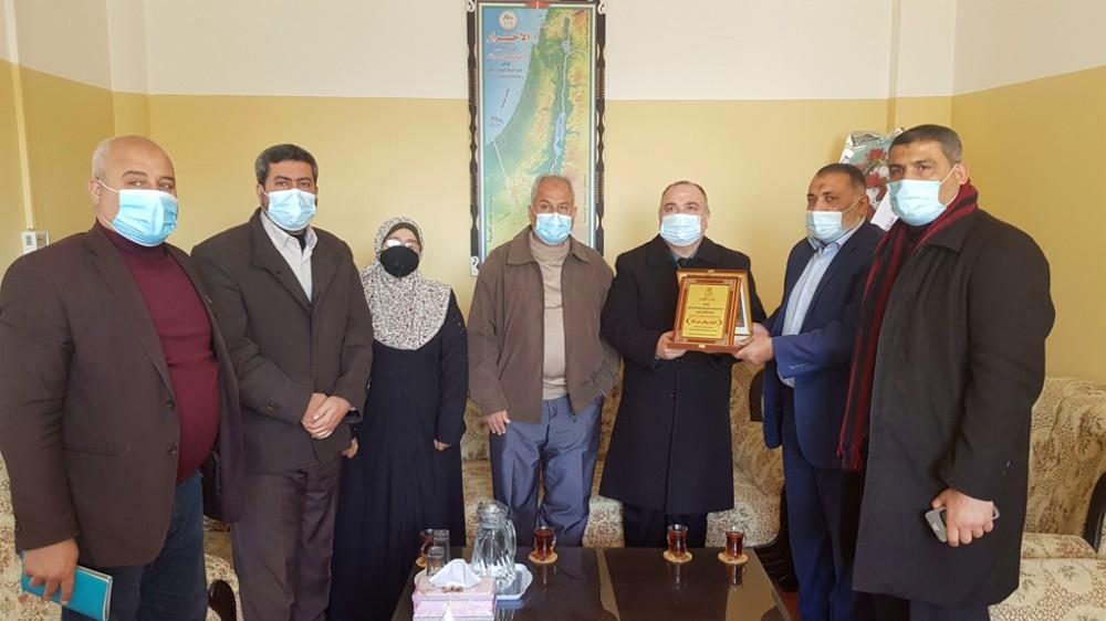 تعليم شمال غزة وبلدية بيت حانون تبحثان التعاون المشترك