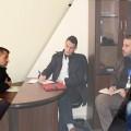 وفد من جمعية الرياض خلال زيارته لمنزمة التعاون الاسلامي