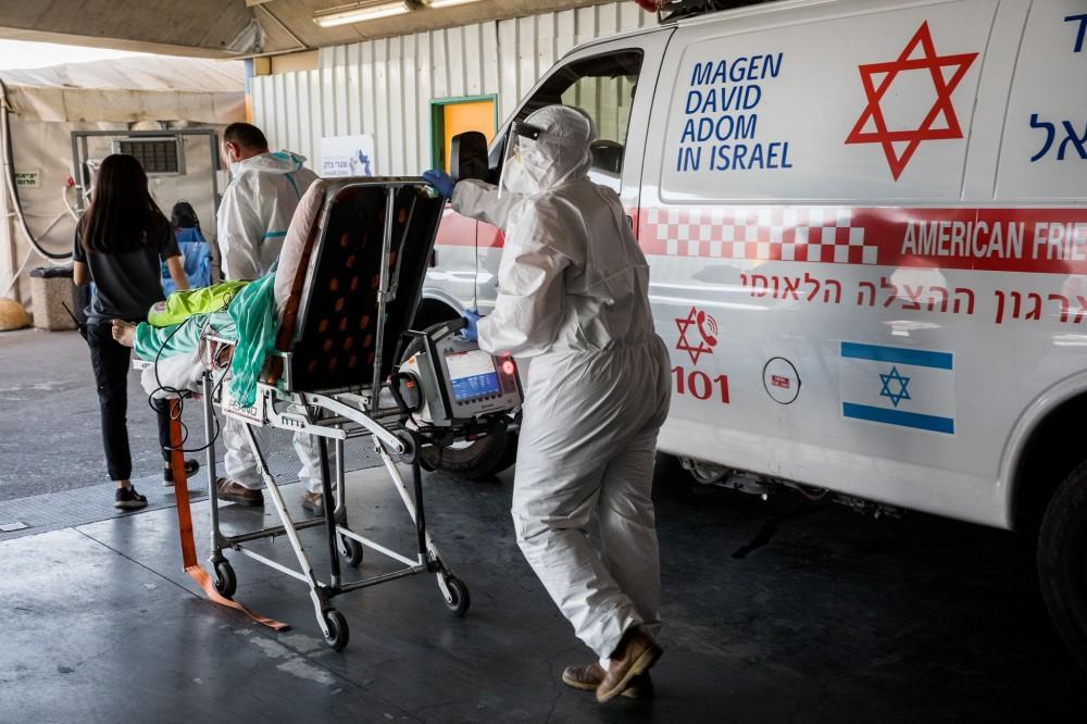 إجراءات مواجهة الفيروس مستمرة في أنحاء العالم