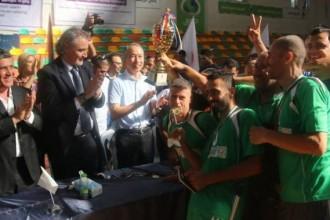 """السفير الياباني يتوج أبطال""""طوكيو 2"""" للألعاب الرياضية المختلفة بغزة"""