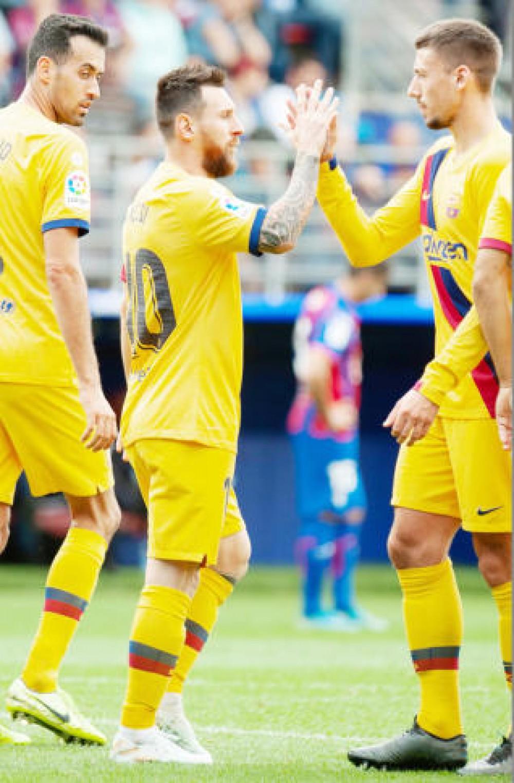 ريال مدريد يخسر صدارة الليغا أمام برشلونة