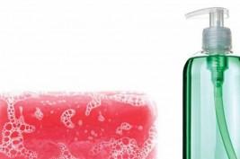 بين السائل أو الصلب.. أي صابون أفضل للبشرة؟