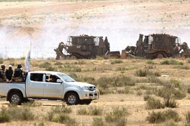 هآرتس: حماس تحاول وضع خطوطاً حمراء لعمليات الجيش على الحدود