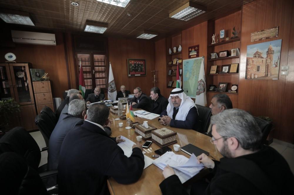 بلدية غزة تعزز التعاون المشترك مع اتحاد الصناعات الإنشائية