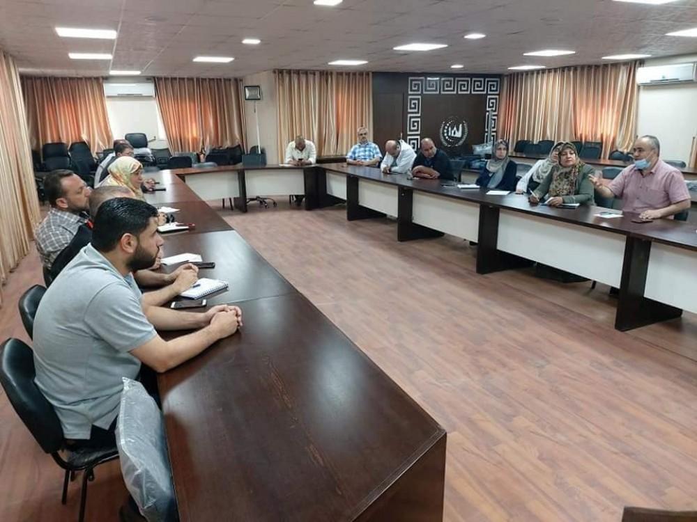 *اللجنة العلمية بالادارة العامة للرعاية الصحية الأولية تعقد اجتماعها الدوري لتعزيز وتطوير العمل*