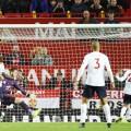 مانشستر يونايتد يعرقل انطلاقة ليفربول المثالية بتعادل مثير بالدوري الإنجليزي