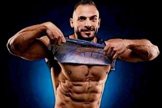 الفلسطيني عمر الساحلي أبو صخر يتوج بطلا بالمرتبة السابعه على العالم