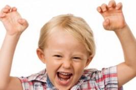 كيف تفرق بين سلوك الطفل الطبيعى وفرط الحركة ونقص الانتباه؟