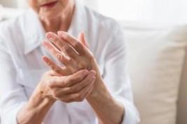 ممنوعات يومية لمريض التهاب المفاصل  للحفاظ على صحتك