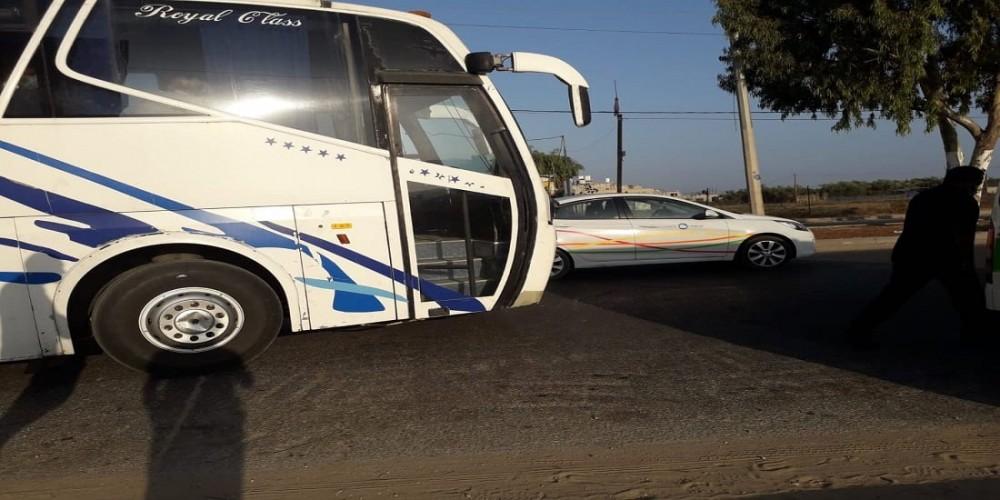 الصحة تؤكد على تأمينها لخدمات نقل آمنة تضمن سلامة موظفيها