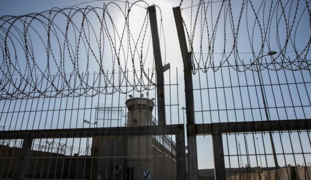 سياسة الإهمال الطبي أودت بحياة العديد من الأسرى في سجون الاحتلال