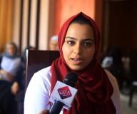الطالبة ملك مطر من غرب غزة، والحاصلة على معدل 99.3 % بالفرع الأدبي. تصوير: عطية درويش
