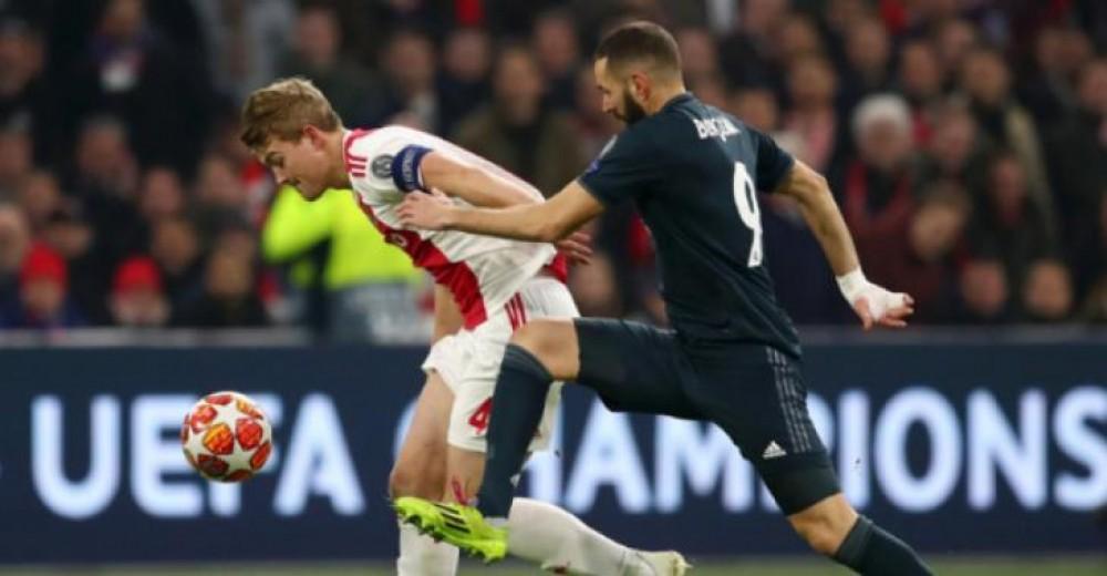 ريال مدريد ينتزع فوزاً قاتلاً من أنياب أياكس في دوري الأبطال