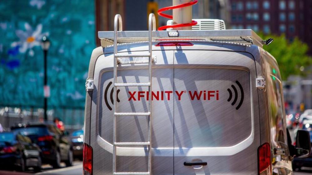 مركبات تمد تلامذة فقراء في كاليفورنيا بالإنترنت لمساعدتهم في الدراسة