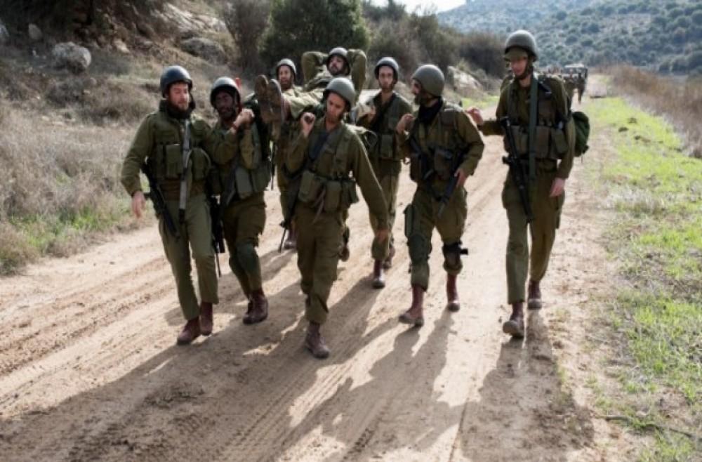 نقل جندي مصاب