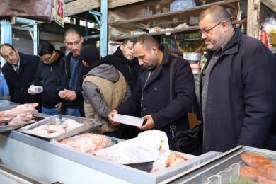 بلدية جباليا النزلة تتلف 10 طن من المواد الغذائية خلال 6 أشهر
