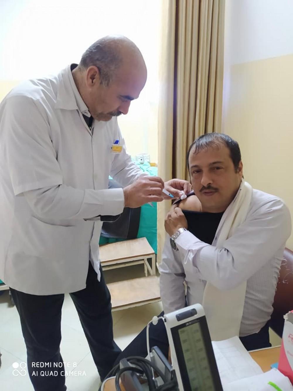 مستشفى الأندونيسى ينتهى من تطعيم العاملين ضد مرض الحصبة