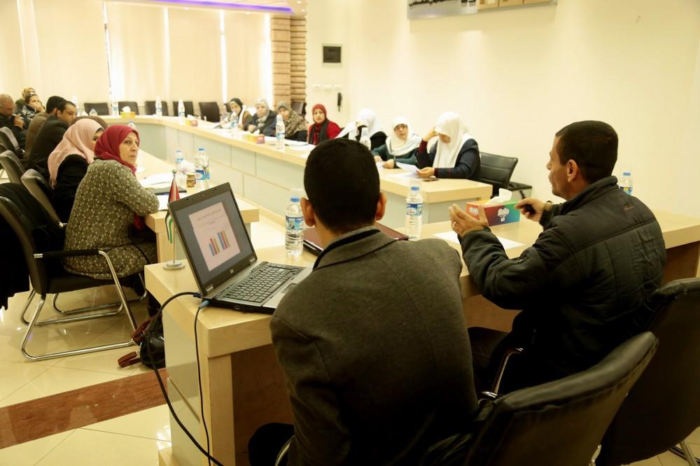 لال  جلسة نقاش  نظمتها شبكة وصال التابعة لجمعية الثقافة والفكر الحر