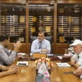 بلدية خان يونس تبحث مع لجان الأحياء الإحتياجات الطارئة