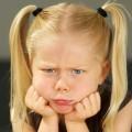 10 عبارات عليك تجنبها أمام الصغار.. ما هي؟