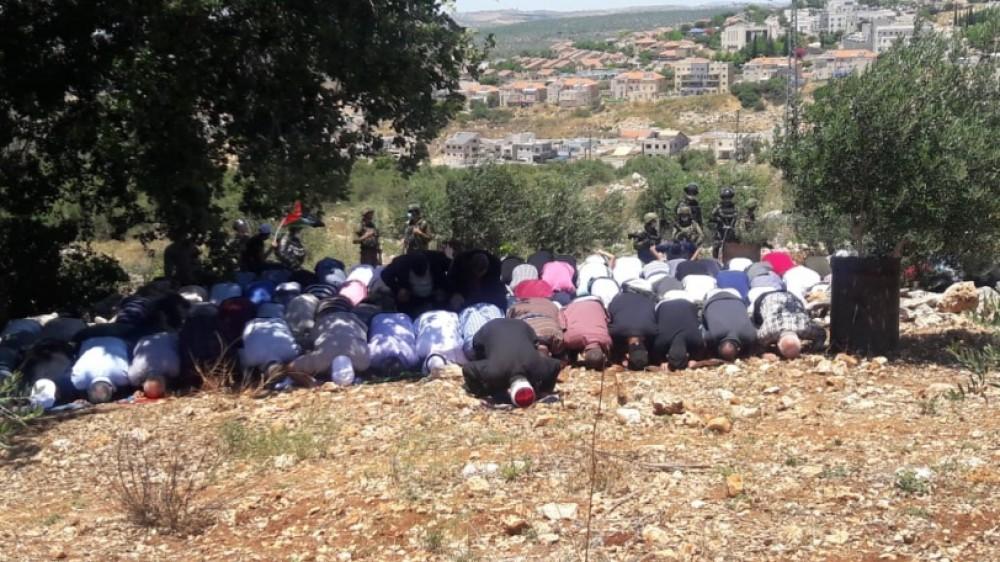 الاحتلال يمنع صلاة الجمعة في أراضي حارس المهددة