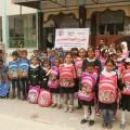 تسليم الطلاب الفقراء شنط مدارس
