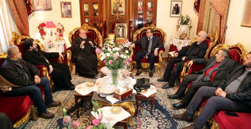 وفد من حماس يزور ممثلي الكنيسة الأرثوذكسية بغزة