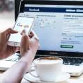 كيف يعرف (فيسبوك) سجل بحثك في جوجل؟