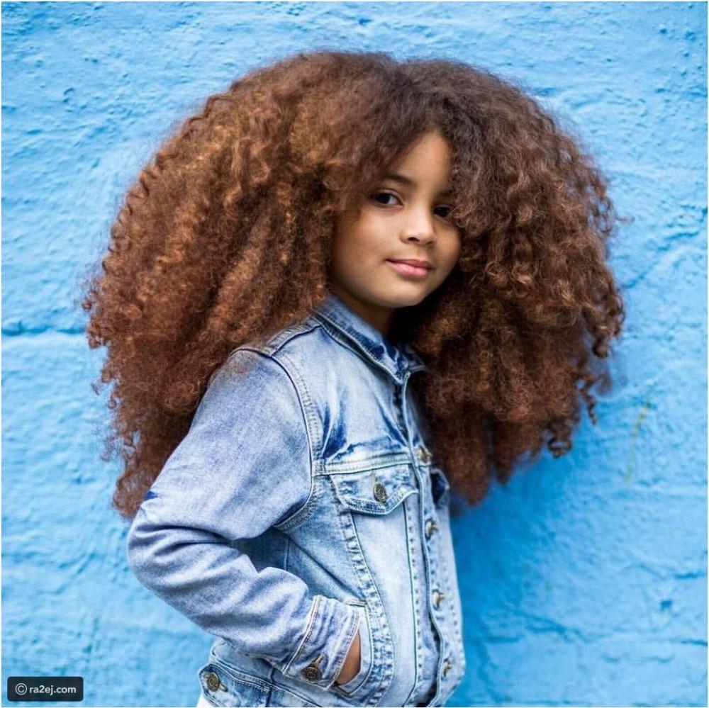 طفل لديه أكثر من 200 ألف متابع على انستقرام بسبب شعره المميز
