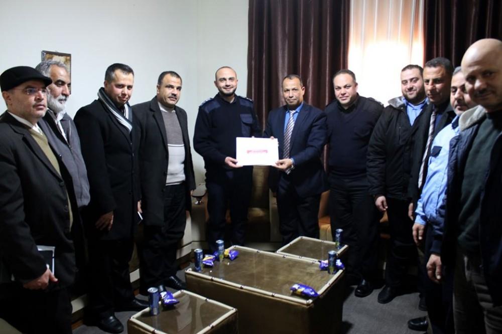 تعليم غرب غزة يعزز تعاونه مع شرطة  الرمال