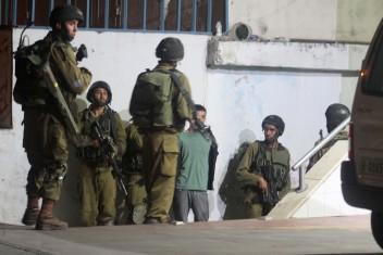 اعتقالات بالضفة والقدس وإصابات بمواجهات ببيت لحم