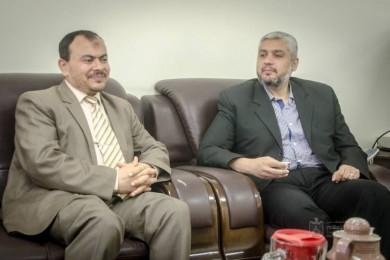 الإعلام الحكومي يبحث التعاون المشترك من جامعة الأمة