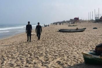 الشرطة بغزة تقرر منع تواجد المواطنين على شاطئ البحر