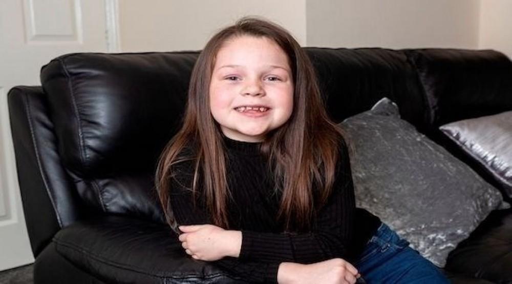 طفلة تنقذ حياة والدتها بفضل درس تعلمته على يوتيوب