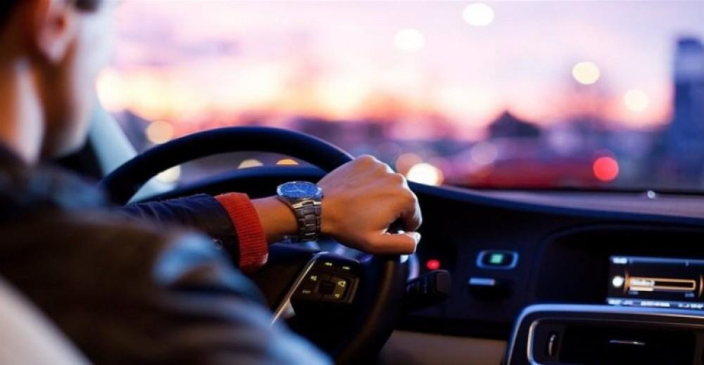 نظام يكتشف تعب السائق .. وينبه الآباء من ترك أطفالهم بالسيارة