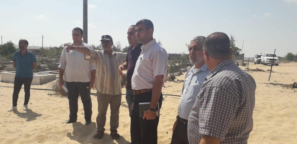 وفد من الأوقاف والاقتصاد يتفقد مقبرة تل السلطان بمحافظة رفح