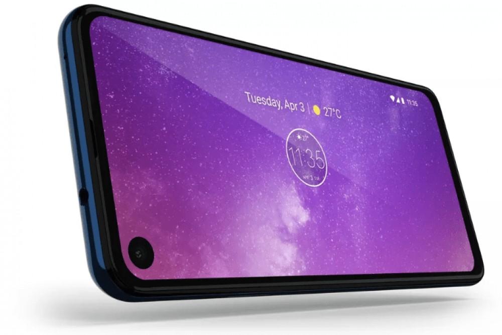 موتورولا تكشف عن هاتفها One Vision بشاشة سنيمائية